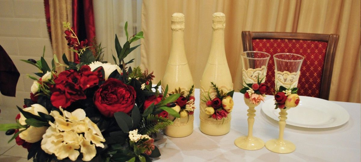 Декор свадебных бутылок, оформление бутылок на свадьбу