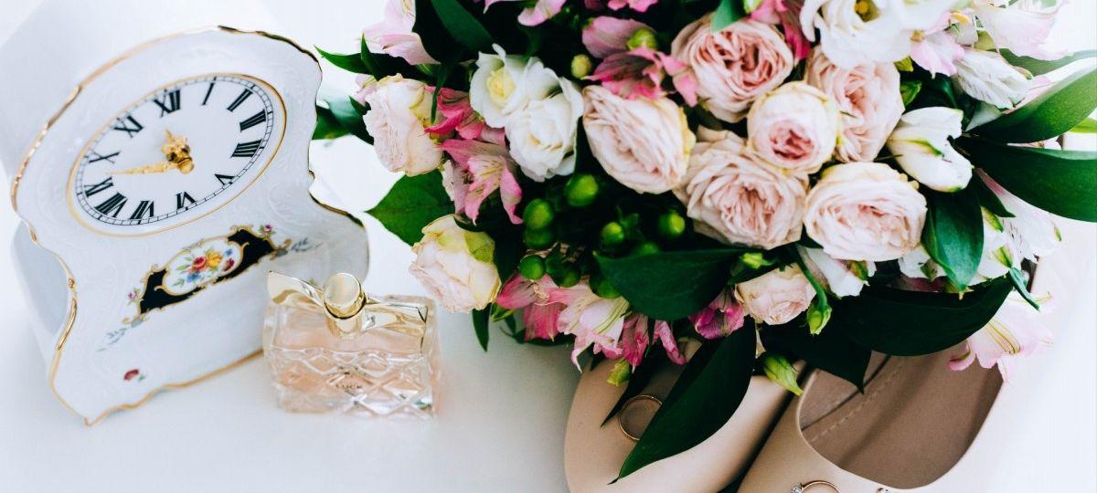 Цвет года 2019 - коралл. Какие живые цветы выбрать для оформления свадьбы?